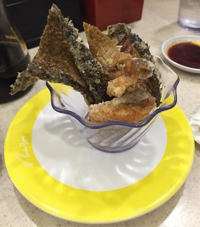 Sushi Bay: Fried salmon skin... Paper thin, really great.