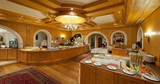Activ Sunny Hotel Sonne: Buffet