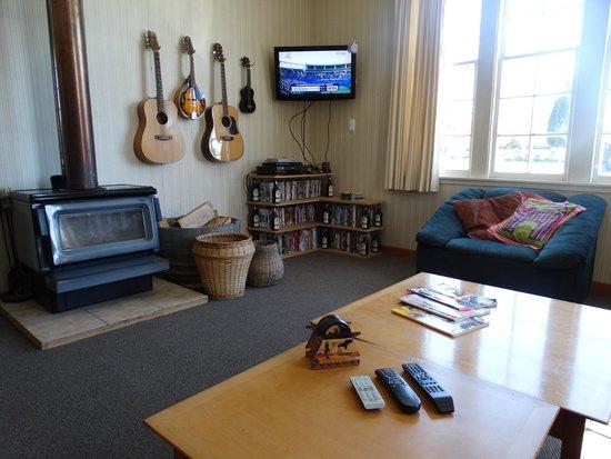 Copperbeech Backpackers : lounge