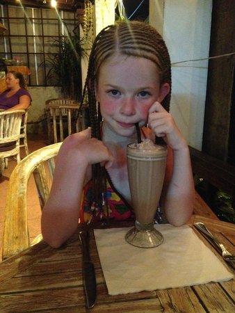 La Monde Restaurant: yummy milkshake