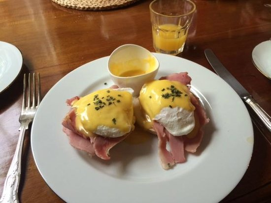 Molland Manor House: Benedit Eggs