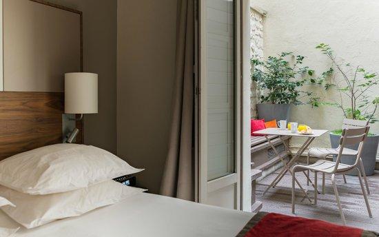 โรงแรมเลอ ตูร์วิลล์: Executive room with terrace