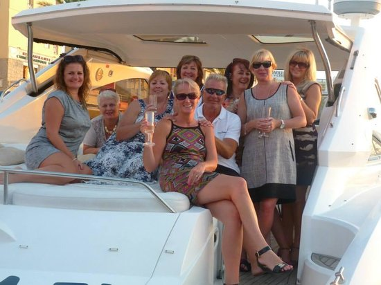 Champagne Cruises: Sunset Cruise