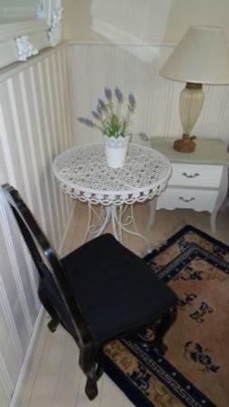 Hotel Parkidyll : Viel Möbel auf wenig Platz