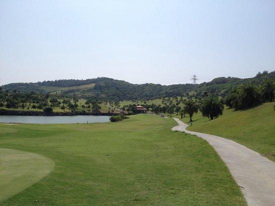 Tân Trúc, Đài Loan: 新竹空港の近く、海沿いのゴルフコース