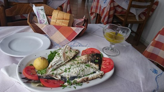 ‪‪Simos Taverna‬: Grilled black snapper. The best I've tried!‬