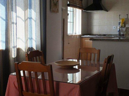 Sobral de Baixo: Cozinha e zona de refeições