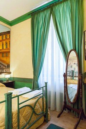 Almes B&B: Piazza di Spagna Room