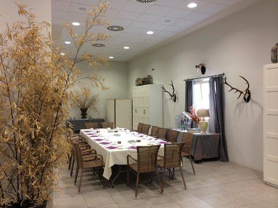 Hotel Villa Marcilla: Comedor anexo