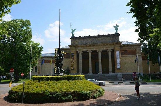 Fine Arts Museum (Museum voor Schone Kunsten) : Museum voor Schone Kunsten
