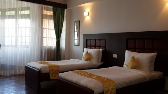 The Lindsay Himalayan Heights Hotel: guest room
