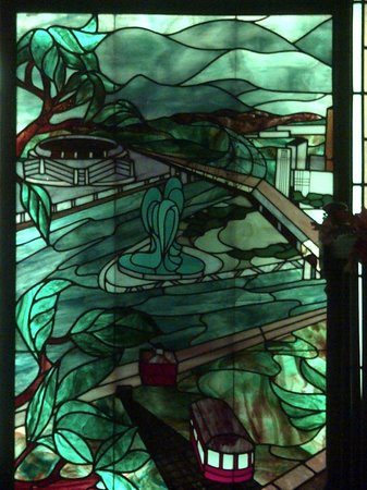 Shiloh Grill: Color Changing Stained Glass