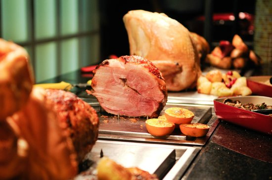The White Hart in Colchester: The Carvery has delicious Gammon, Turkey, Beef & Pork