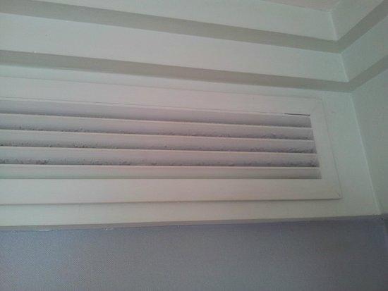 Hotel Playa Victoria: Lüftungschlitze der Klimaanlage