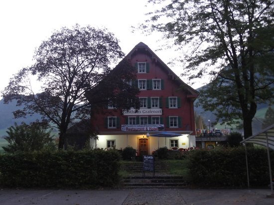 Gasthaus Grafenort: Hotel view from the front