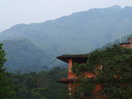 Banasura Island Retreat: The Dinning Hall