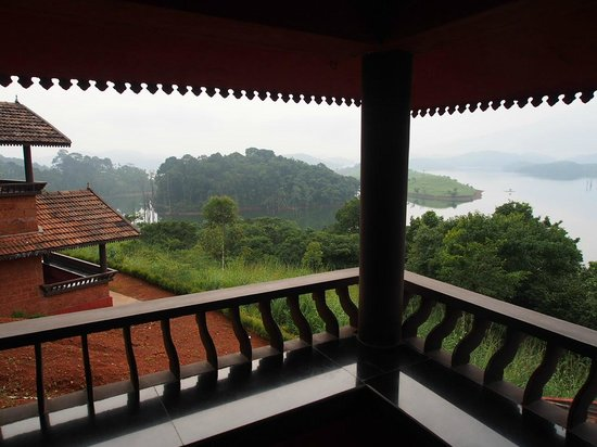 Banasura Island Retreat: Breathtaking view