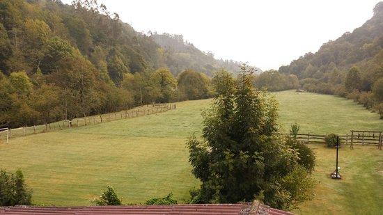 Hotel Rural Casa Cueto: La vista desde nuestra ventana