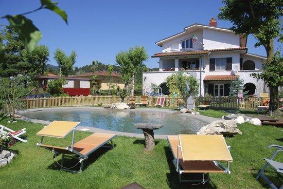 B&B Dreamers: Villa con piscina