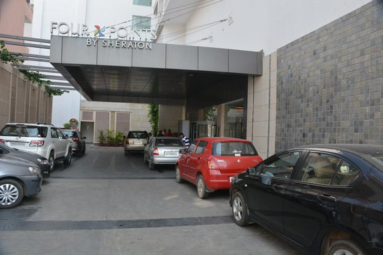 Four Points by Sheraton Jaipur, City Square: Entrance
