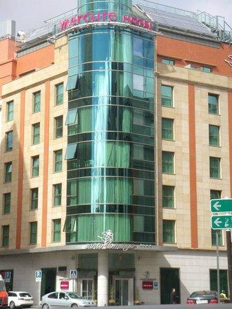 Odd mural picture of hotel santo domingo madrid madrid Metro santo domingo madrid