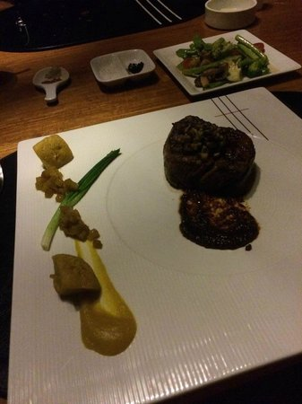 Tree Tops Sky Dining & Bar : Wagyu beef