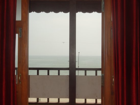 Villa Bayoud Sea View Heritage Hotel: Sea view from hotel room