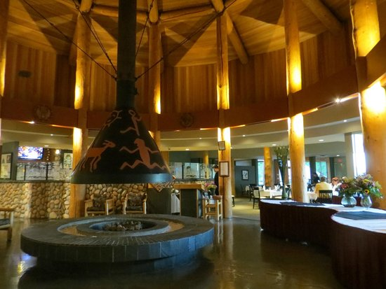 Quaaout Lodge & Spa at Talking Rock Golf Resort: Hotel