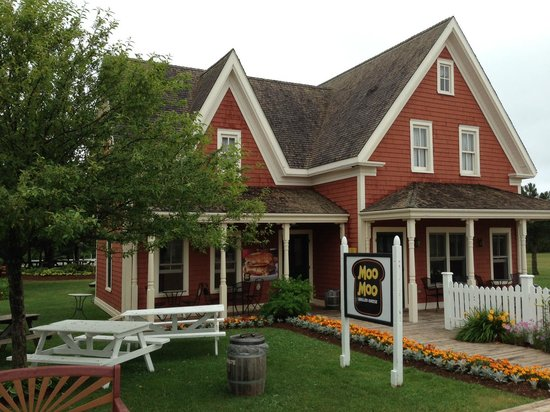 Avonlea Village: MOO MOO Grilled Cheese
