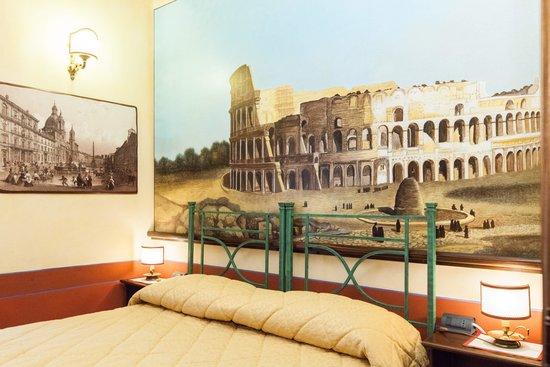 Almes B&B: Colosseo Room
