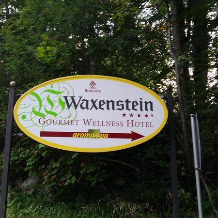 Romantik Alpenhotel Waxenstein: hotel waxenstein...nice scenic area