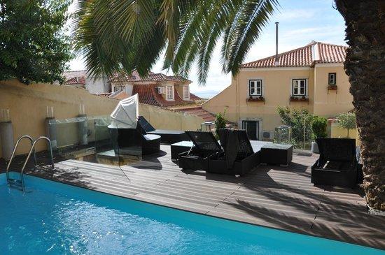 Palacio Ramalhete: The pool