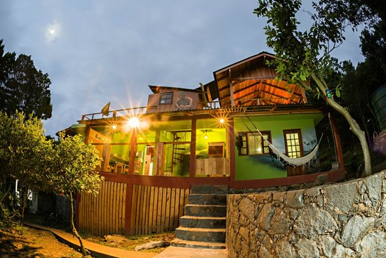 Sunset Strip Eco Hostel & Apartments