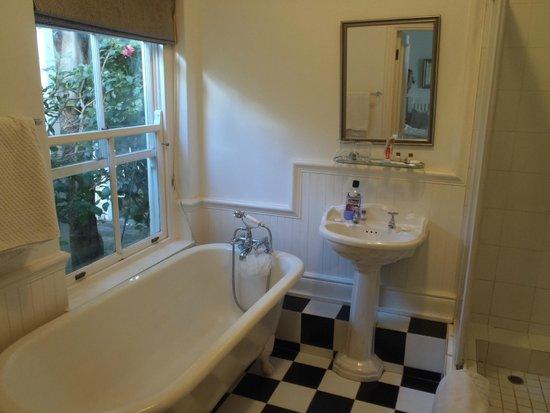 Southern Cross Beach House: Bathroom