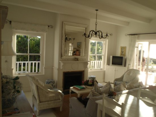 Southern Cross Beach House : Guest dining area