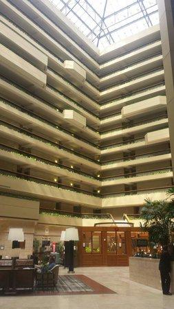 The Westin Chicago Northwest: Lobby