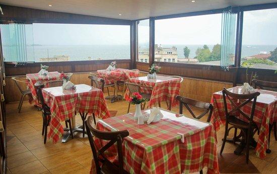 Esans Hotel: Terrace With Bosphorus & Princess Islands View