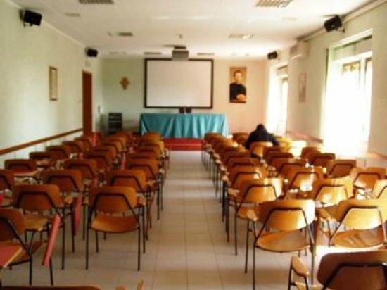 Casa per le Ferie Istituto Salesiano Madonna di Loreto: Sala conferenze