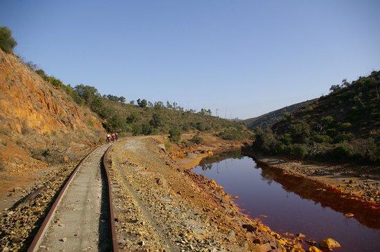 Alojamientos Rurales Berrocal: Rio Tinto