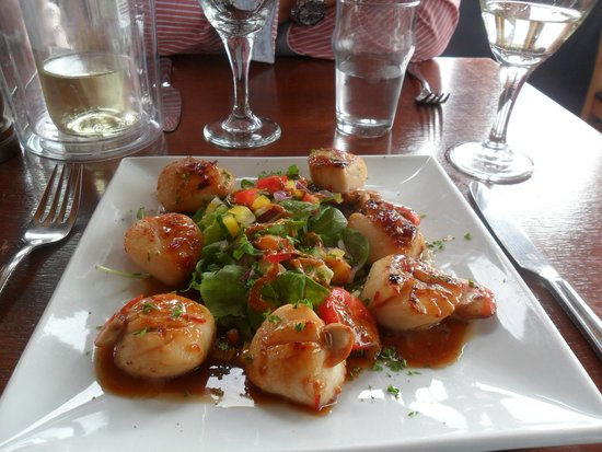 The Tayvallich Inn: Scallops with sweet chilli sauce