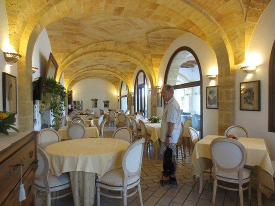 Masseria Ruri Pulcra Hotel & Resort: dining room