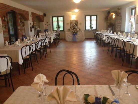 Varzi, Włochy: Salone addobbato per matrimoni!!!!!!