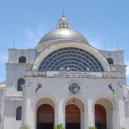 Paraguay : Basílica de Caacupe