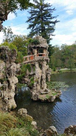 Parc de Majolan : Les grottes