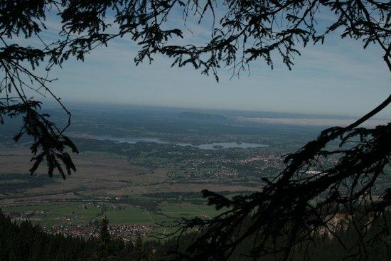 Ohlstadt, เยอรมนี: beim Aufstieg - Blick auf Murnau