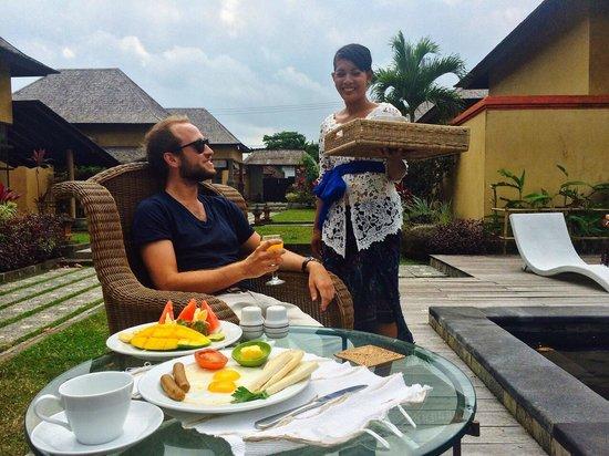 Villa Mimpi Manis Bali: Breakfast