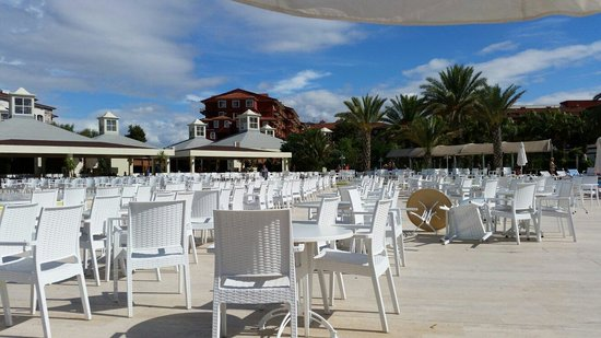 Selge Beach Resort & Spa Hotel: Территория отеля