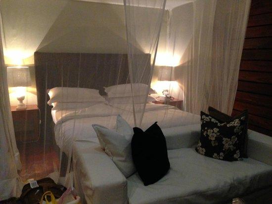 Lake Duluti Lodge : Bedroom