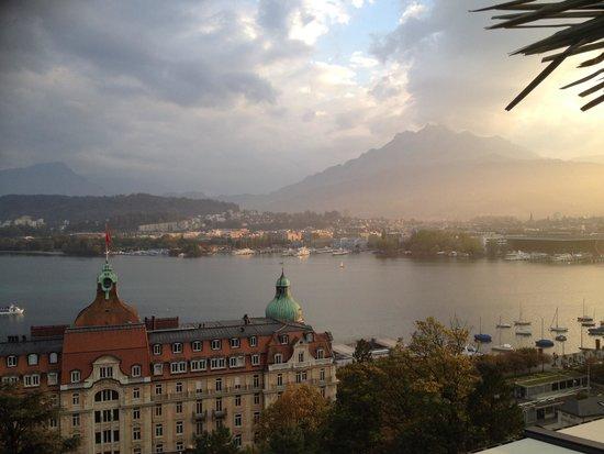 Art Deco Hotel Montana Luzern: Beach club view