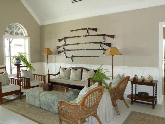 andBeyond Kirkman's Kamp: lounge